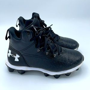Under Armour Youth High Top Cleats